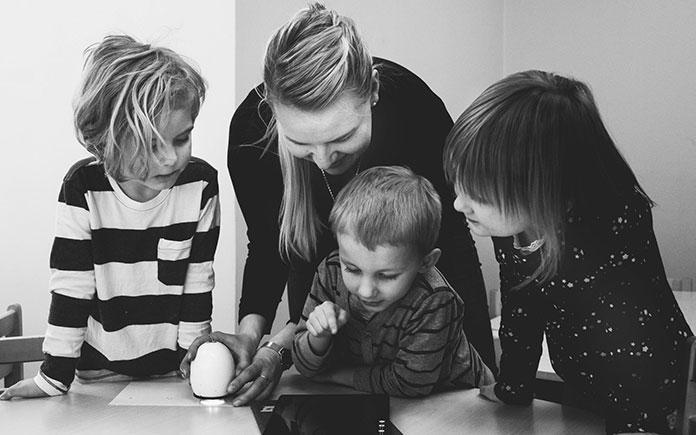 Dlaczego warto zapisać dziecko do przedszkola Montessori Poznań
